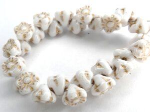 FLB-03000-54202 Chalk White Gold wash Flower Button 40 Pc.-0