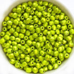 0100498 Metalust Electric Green facet 4 mm. 50 Pc.-0