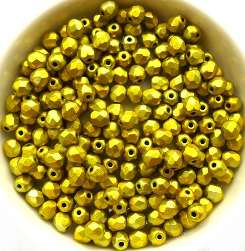 0130129 Metalust Yellow Gold facet 4 mm. 50 Pc.-0