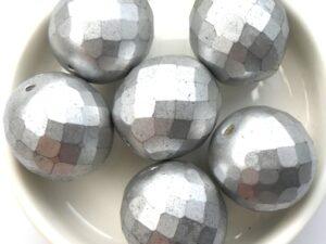 0020263 Alabaster matt Silver Facet 18 mm. 2 Pc.-0