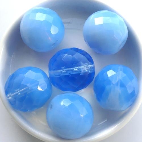 0090134 Light Opal Sapphire, facet 18 mm. 2 Pc.-0