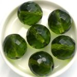0100452 Olivine, facet 18 mm. 2 Pc.-0