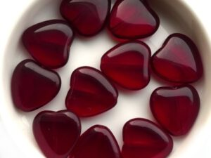 0050008 Garnet Red Heart 8 Pc-0