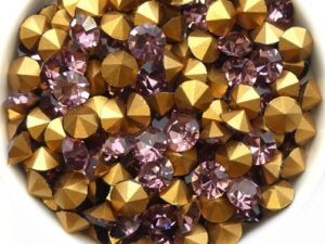 SS29-MCC-20020-98521 Light Amethyst Gold Foiled Chaton 6 mm. 12 Pc.-0