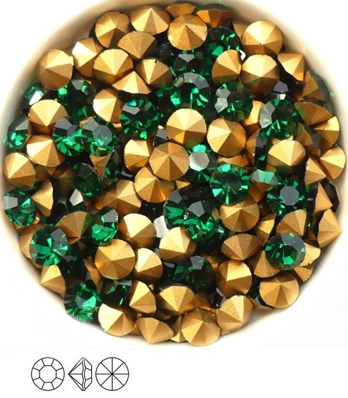 SS29-MCC-50730-98521 Emerald Gold Foiled Chaton 6 mm. 12 Pc.-0