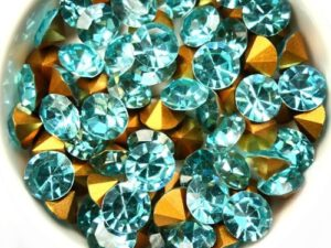 SS39-MCC-60010-98521 Aqua Gold Foiled Chaton 8 mm. 12 Pc.-0