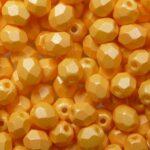 FP-04-29334AL  Powdery Pastel Orange facet 4 mm. 50 Pc.-0