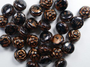 CR-23980-96849 Black Opaque White Luster Copper Capri Painted 2-hole Candy Rose Bead 20 Pc.-0