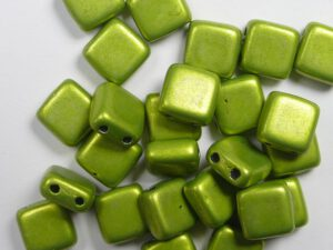 CMT-05A09 CzechMates Tile Bead Color Trends Saturated Metallic Lime Punch 25 st.-0