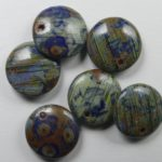 0090410 czech glass lentil blauw rood melee picasso