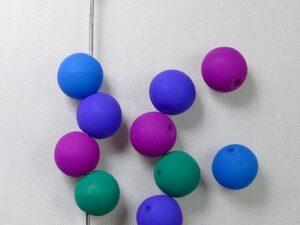 Top hole beads