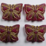 0050302 Matte Siam Ruby Gold Patina Butterfly Beads 15×12 mm kleur 90080-54302-84100