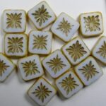 0140264 squared kiwi beads 10×10 mm chalk white picasso gold patina color 03000-86800-54302